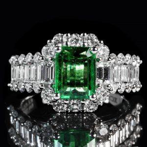 emerald-1137413_960_720